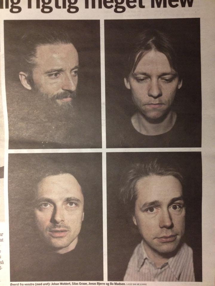 Thanks to someone on the Frengers Facebook group, this is the latest issue of Metroxpress featuring