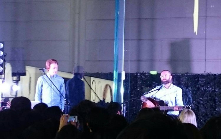 Hello I'm new here! Jonas and Johan came to Japan and played an acoustic live at Apple Store,